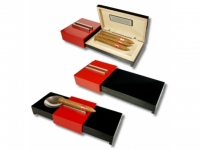 Humidor-Zigarrenascher Pianolack red