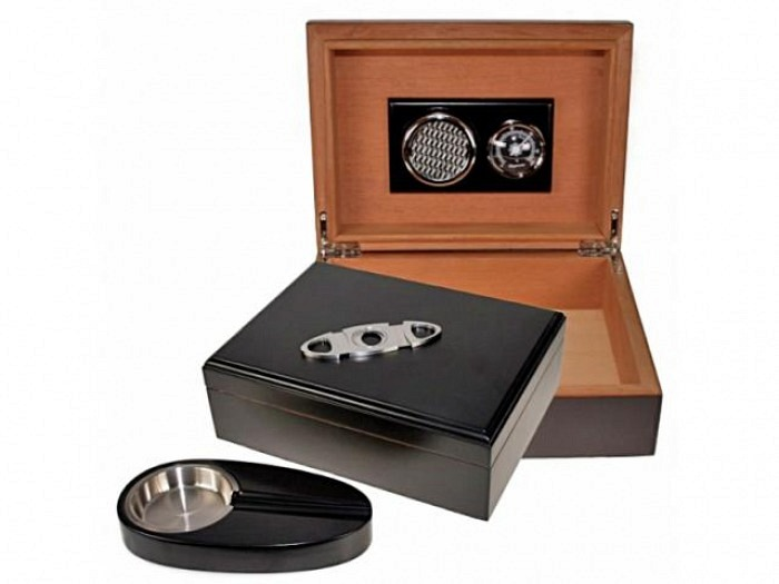 Black Finish Humidor-Set V-200
